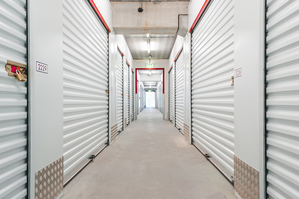 Factors to consider while buying a self-storage unit