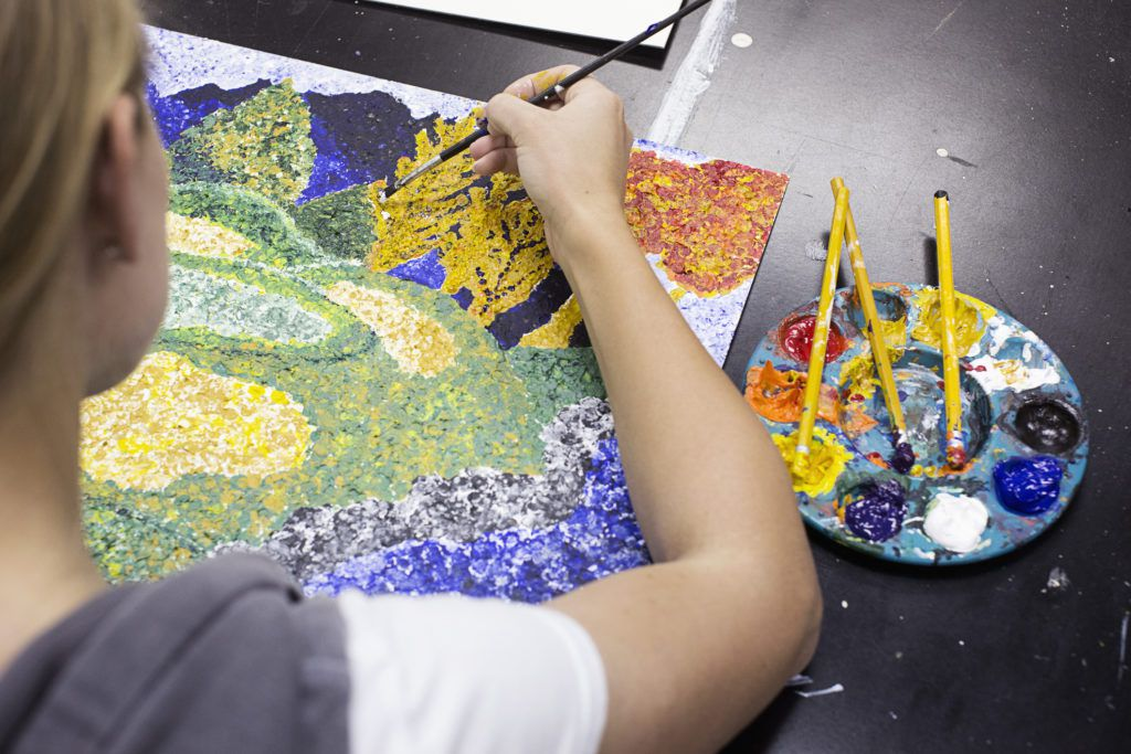 Picking the perfect painting project for your little artist